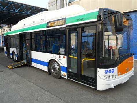 uffici actv mestre gvnews actv dieci nuovi autobus a metano e con