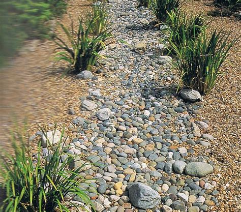 dry creek beds dry creek bed garden pinterest