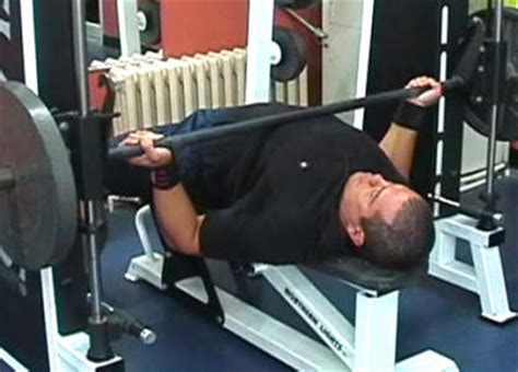 bench press assistance increasing your bench press with assistance exercises