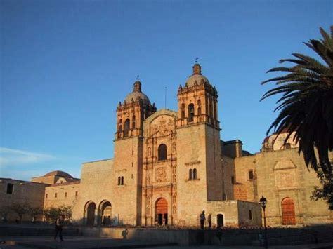 famous architecture in mexico oaxaca s famous santo domingo church mexico 110 pinterest
