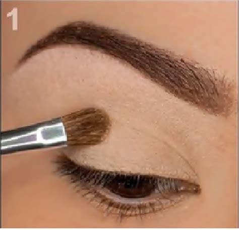 tutorial make up sederhana untuk mata sipit tutorial make up untuk mata kecil saubhaya makeup