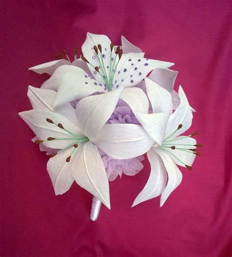 How To Make Paper Lilies - crafty beanut wedding bouquet
