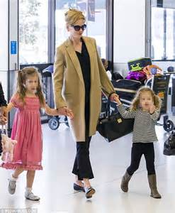 Country Comfort Sydney Nicole Kidman Walks With Daughters And Husband Keith Urban