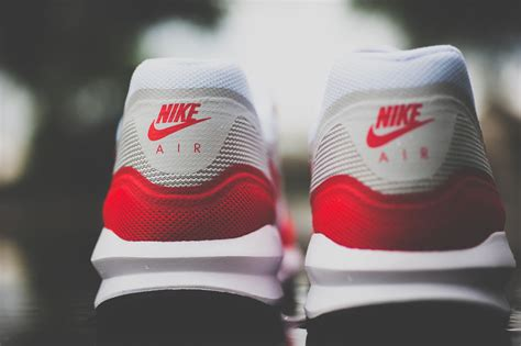 Sepatu Nike Airmex Lunar Gride Kit nike air max 1 og lunar sport