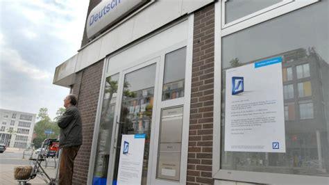 Kreditinstitute Deutsche Bank Schlie 223 T Automaten In