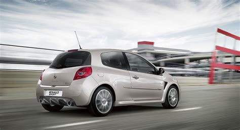 renault clio sport 2013 rs200 2 0l in qatar new car