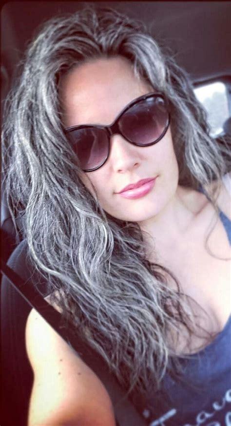 wx6yehsibklw z5ipd2xygoinftadit8lrrff0gqdrg e1440040415724 2015 b 228 sta bilderna om hot women with gray silver hair p 229