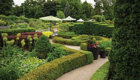 Botanical Garden Hours Knotgarden
