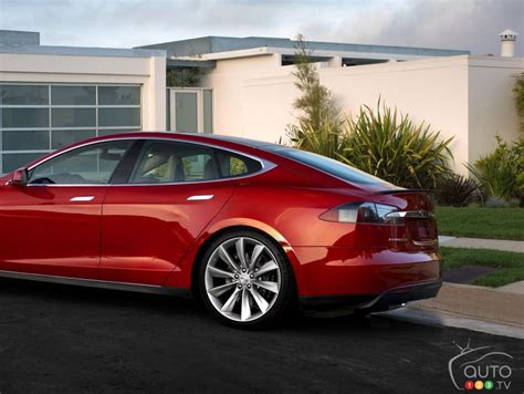 Tesla Safety Features Tesla Announces All Wheel Drive And New Safety Features