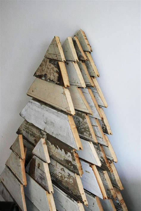 25 best ideas about reclaimed wood projects on pinterest glass rack barn wood projects and