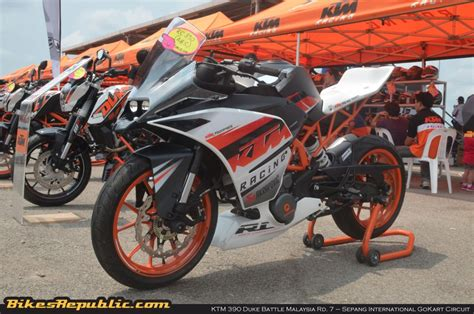 Ktm Malaysia Bike Ktm 390 Duke Battle Malaysia Rd 7 Sepang