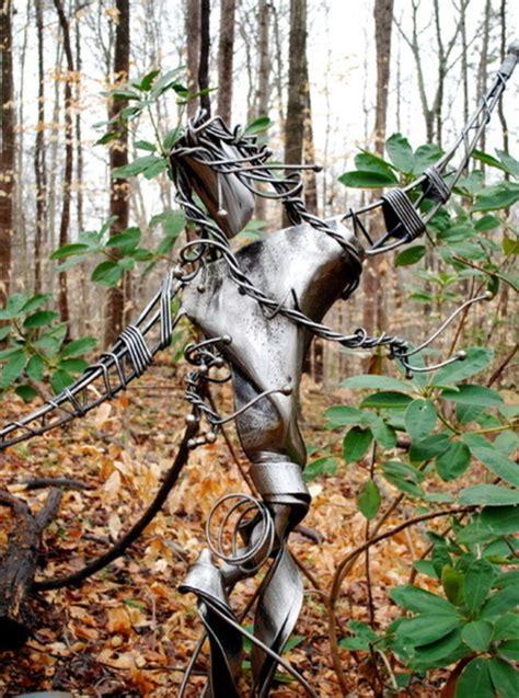 Gartendeko Aus Holz Und Metall by Gartendeko Aus Metall Und Rost Industrieller Charakter