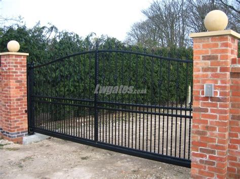 Decorative Gates by Steel Decorative Cantilever Gates Lw Systems