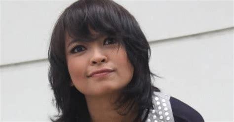foto panas artis indonesia foto seksi tantri kotak foto sexy artis indonesia