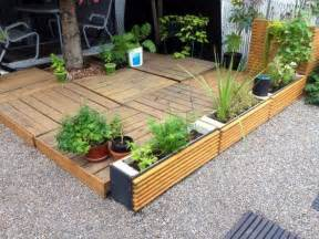 25 best ideas about pallet patio on pallet