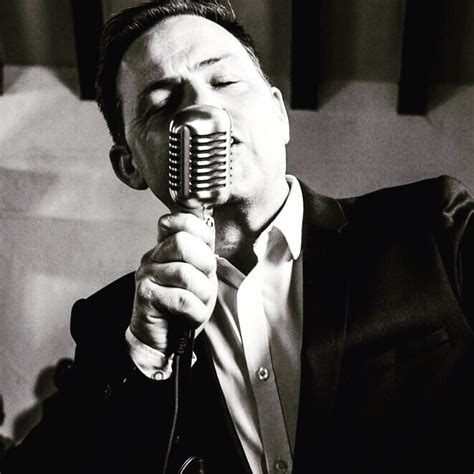 swing singers swing singer for hire corporate singers for events