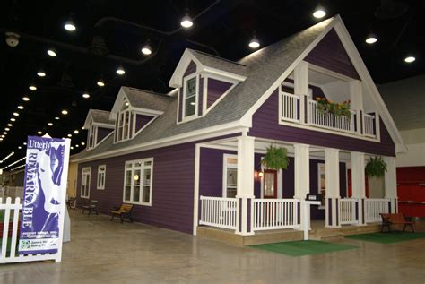 house with purple interior purple house design 28 images dise 241 o interior sala de estar moderna houses