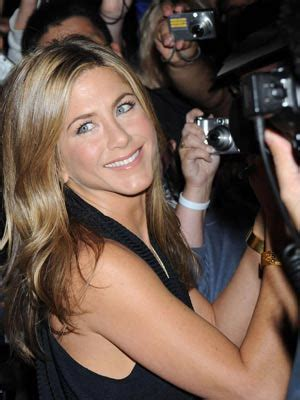 So What If Aniston Is Dating A Hunk by Aniston Dating Gerard Butler Celebsnow