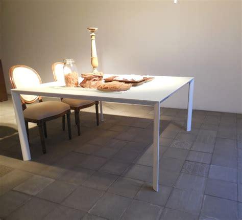 tavolo porro porro tavolo promozione tavolo quadrato porro ram