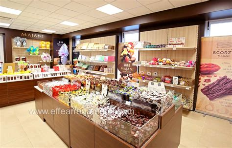 negozio arredamento arredamenti per negozi di alimentari prodotti tipici e
