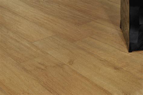 spessore piastrelle gres porcellanato gres porcellanato effetto legno treverk faggio 20x120