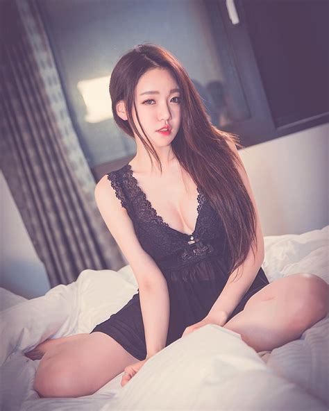bambino in bambino s eunsol shocks fans with revealing photo