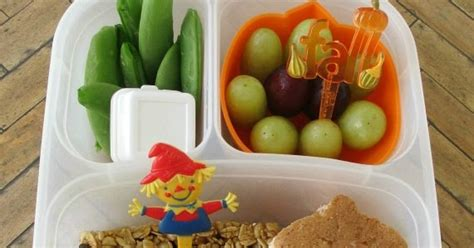 Bento Of The Week Fall Leaves by Bento School Lunches Fall Acorns And Leaf Bento
