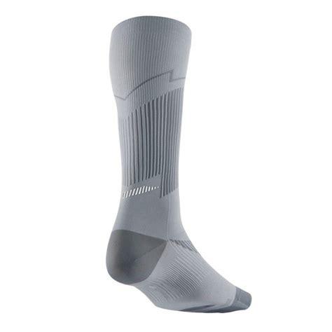 Kaos Product C94 Nike Grey 6 0 jual kaos kaki lari nike elite run hyp lightweight