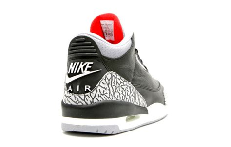 Sneakers Keychain Air 3 Black Cement classic air 3 black cement to return in 2018