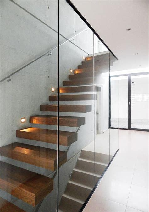 treppengeländer treppenhaus treppenhaus einfamilienhaus au 223 en loopele
