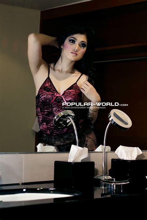 foto baby juwita artis model majalah popular  berita