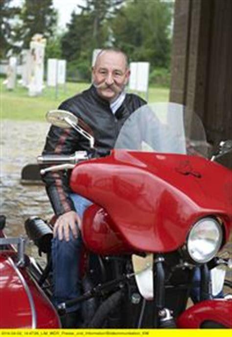 Horst Lichter Schnitzeljagd Motorrad by Lichters Schnitzeljagd Staffel 3 Episodenguide