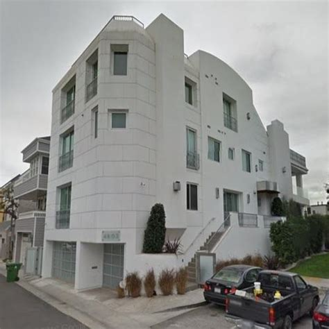 ice cubes house ice cube s house previously jean claude van damme s house in marina del rey ca