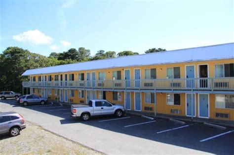 cape cod lodging 301 moved permanently