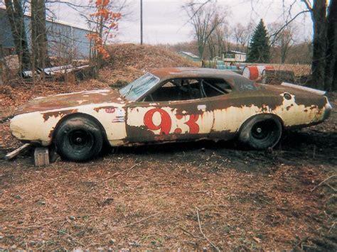 Part 2: Buddy Baker 200  mph Dodge Daytona : Information