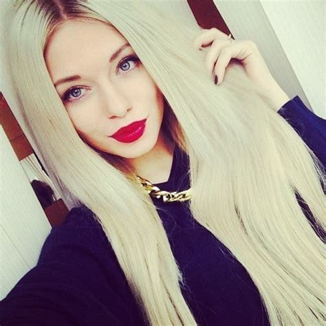 blonde girl with red lipstick via tumblr we heart it image 1217325 by monikamias on