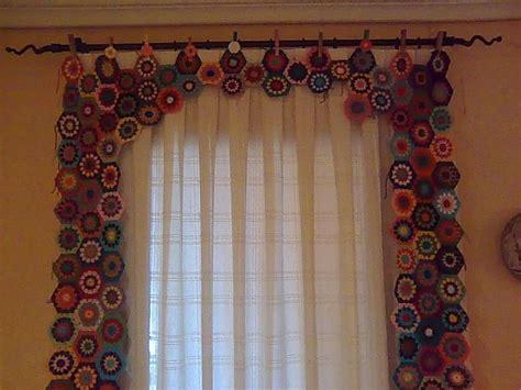 crochet door curtain pattern 20 best images about crochet window treatments on
