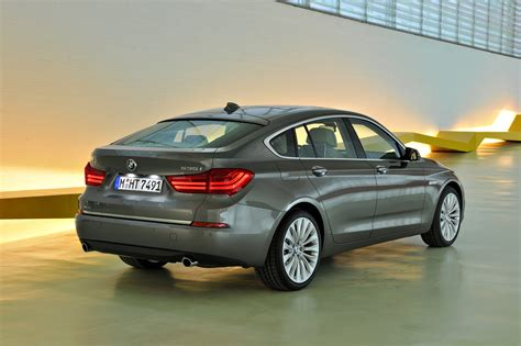 Bmw Gt Series by 2014 Bmw 5 Series Gran Turismo Photo Gallery Autoblog