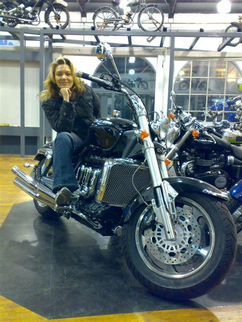 Motorrad Online Probesitzen by 301 Moved Permanently