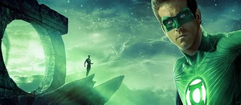 justice league film ryan reynolds green lantern himself doesn t care about the justice