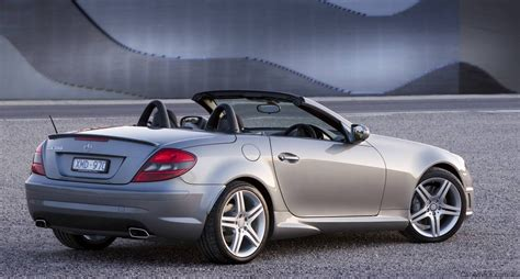 car mercedes 2010 2010 mercedes benz slk 300 roadster introduced fourth