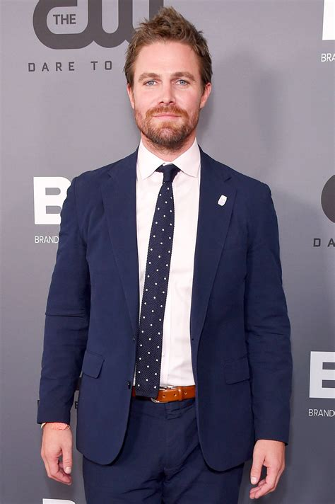stephen amell suffered  panic attack  podcast