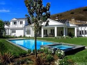Backyard Fountains For Sale Kylie Jenner Buys A 6m House A Peek Inside The A List