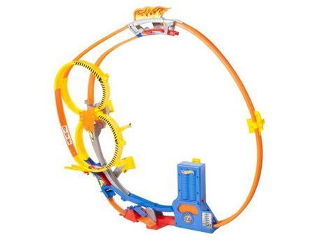 Hotwheels Loop Race win a mattel prize pack arv 364 mattelholiday kidsumers
