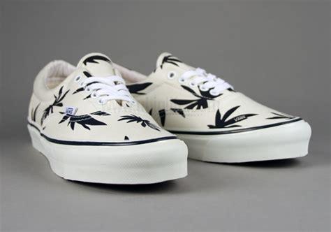 weed pattern vans vans vault palm leaf weed shoes vans pinterest