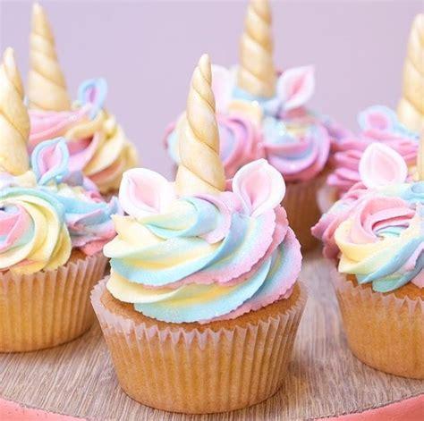 cupcake wallpaper pinterest best 25 girl birthday cupcakes ideas on pinterest princess