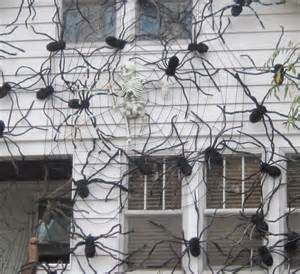 Spiders Halloween Decorations Halloween Decorations Spiders Amp Web To Spook Up Everyone