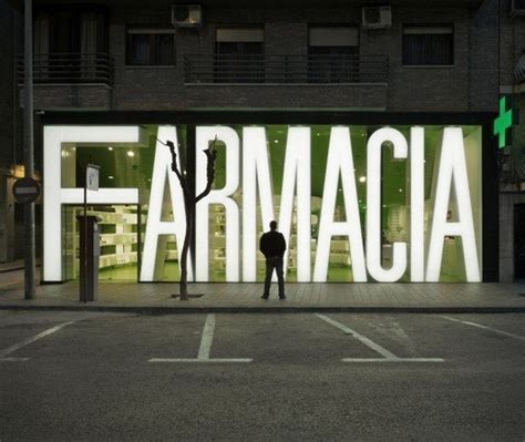 A Pharmacy Design That Will Make You Forget Your Illness