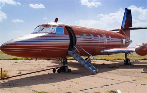 elvis private jet elvis private jet auctioned for 430 000 after sitting on