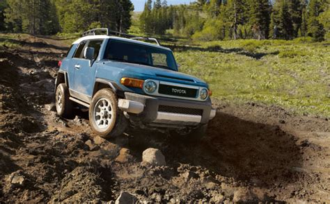 Toyota Fj Cruiser Discontinued Toyota Fj Cruiser Will Be Discontinued After 2014 Model